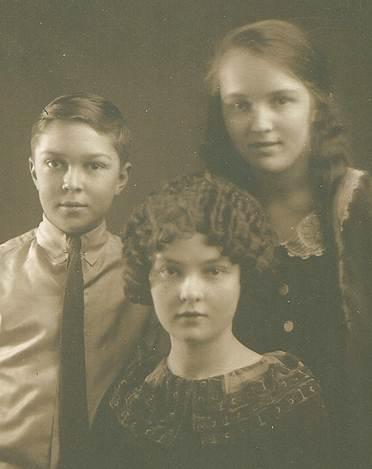 photo of Joseph, Myrtle and Alice