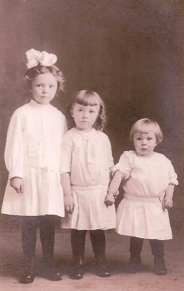 photo of Myrtle, Alice & Leon