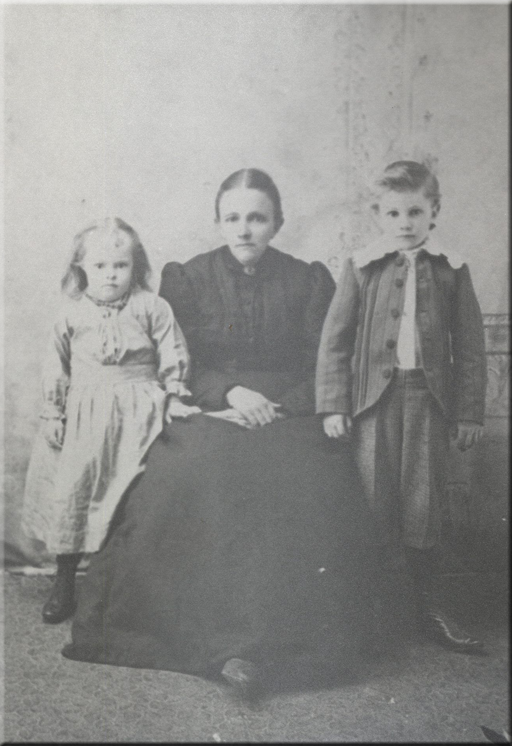 photo of Sophia Bahr Scherer and two of her children, John and Alice.